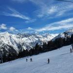 poza Bansko: O selecție a celor mai apreciate hoteluri  situate în apropiere de pârtiile de schi
